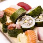 お寿司作り/Sushi making experience