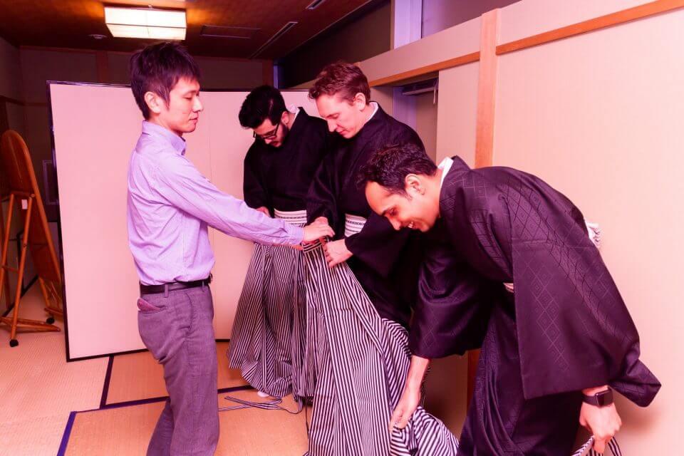 """卒業袴(はかま)写真 毕业照穿和服""""袴(はかま)"""""""